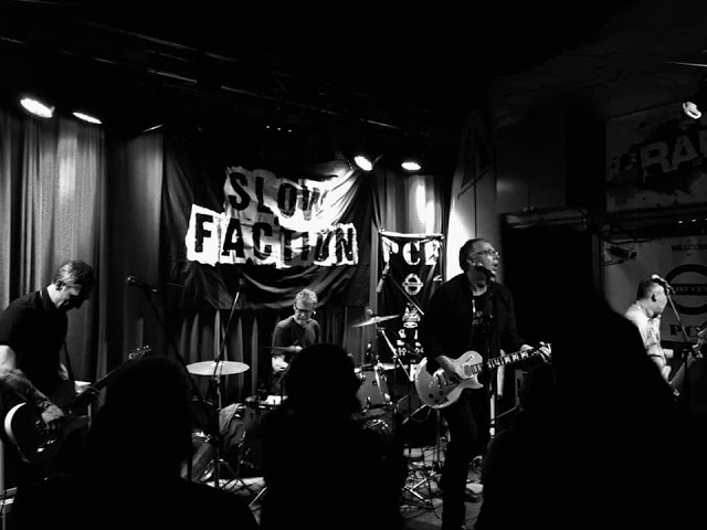 03f6b213bf Music Reviews - RADIOLANTAU.COM