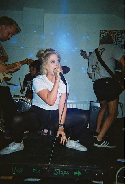 a02efd8770 Music Reviews - RADIOLANTAU.COM
